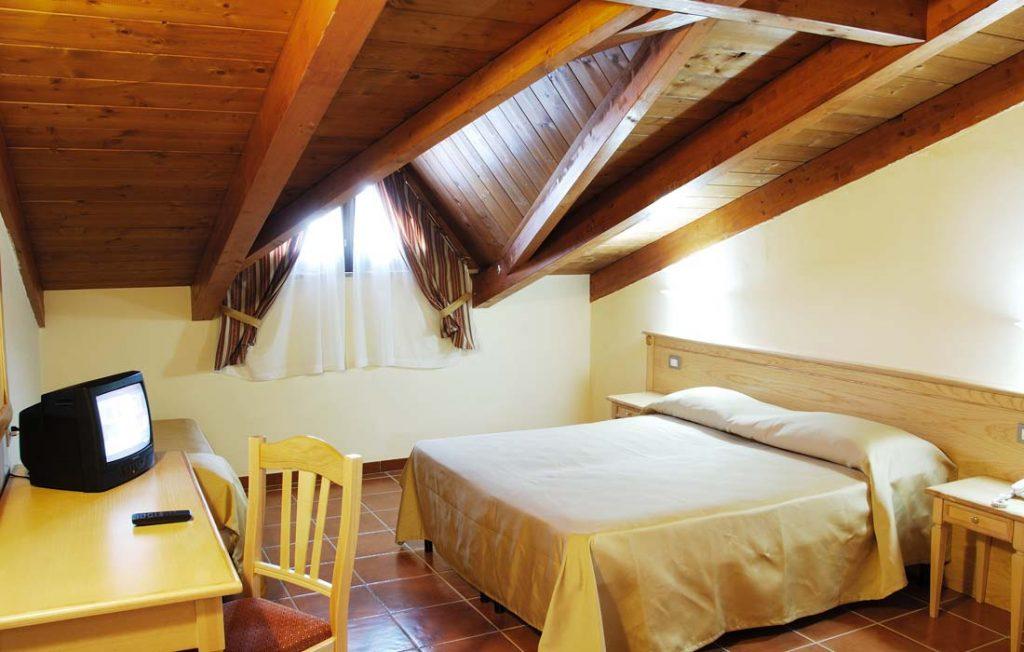Camera mansarda Hotel Giunone