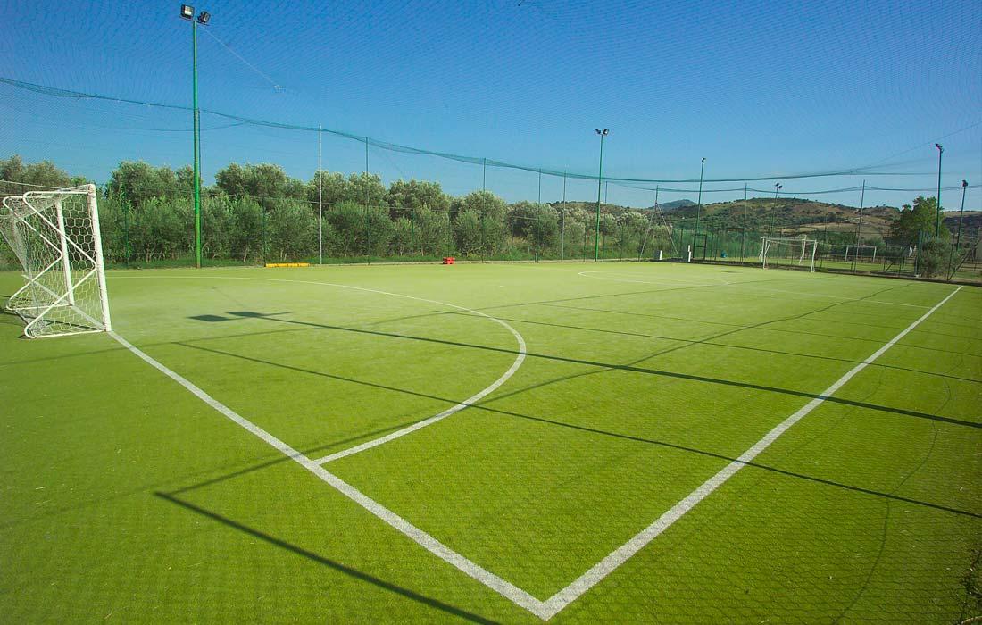 Villaggio con centro sportivo