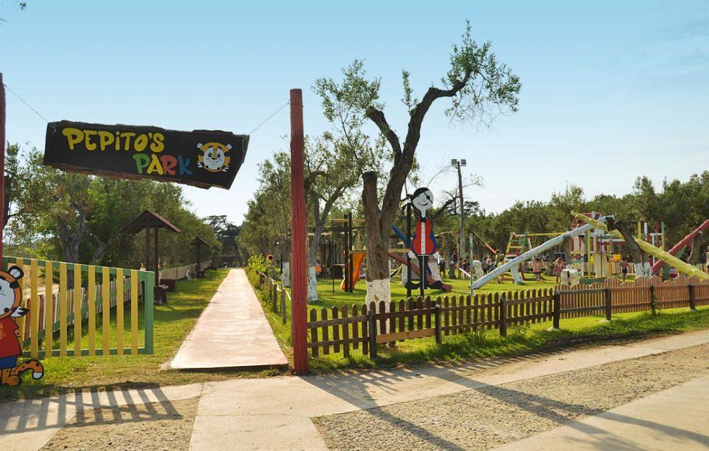 corte dei greci calabria parco giochi