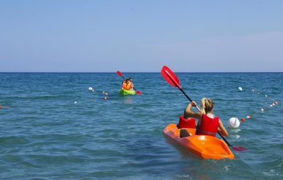 Beach holidays - canoe